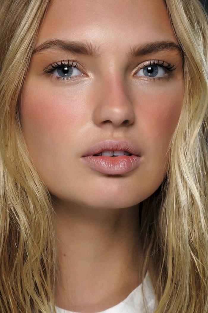 maquillage-discret-naturel-yeux-bleus-comment-se-maquiller-les-yeux-bleus