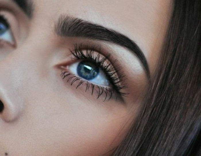 Maquillage yeux bleus simple with maquillage yeux bleus - Make up yeux bleu ...