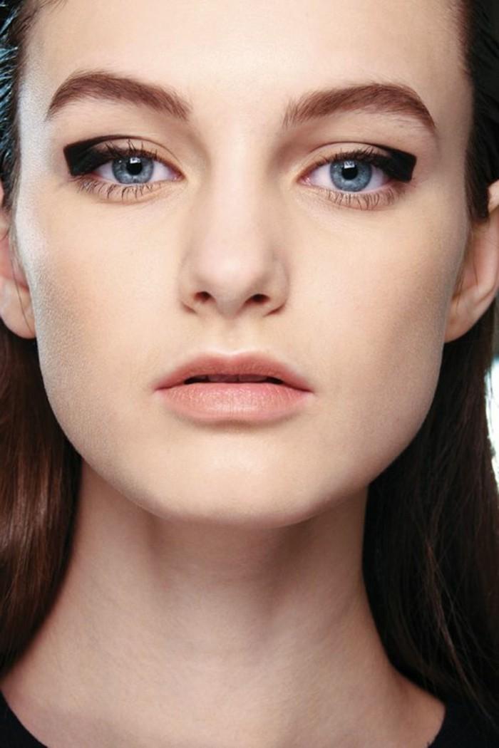 maquillage-yeux-bleus-fard-a-paupiere-yeux-bleus-apprendre-a-se-maquiller