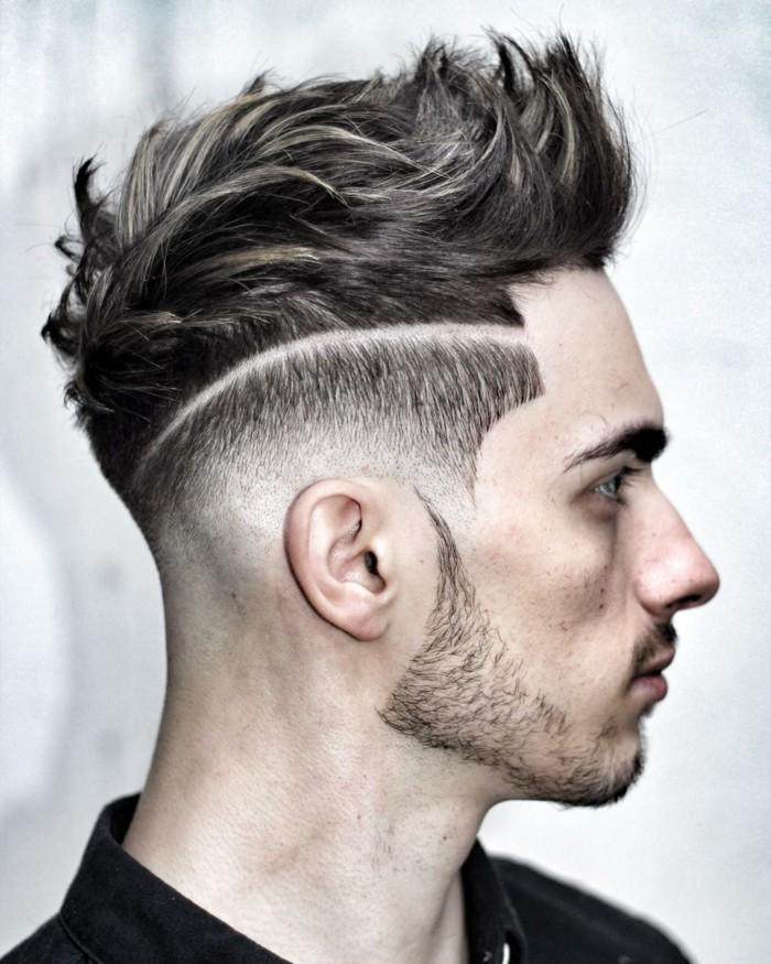 meche-blonde-homme-cheveux-épais-homme
