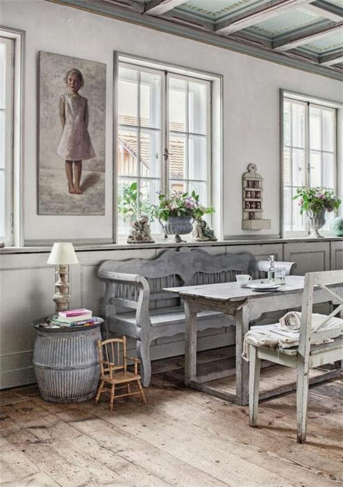 meubles-shabby-chic-banquette-baroque-pour-la-salle-à-manger