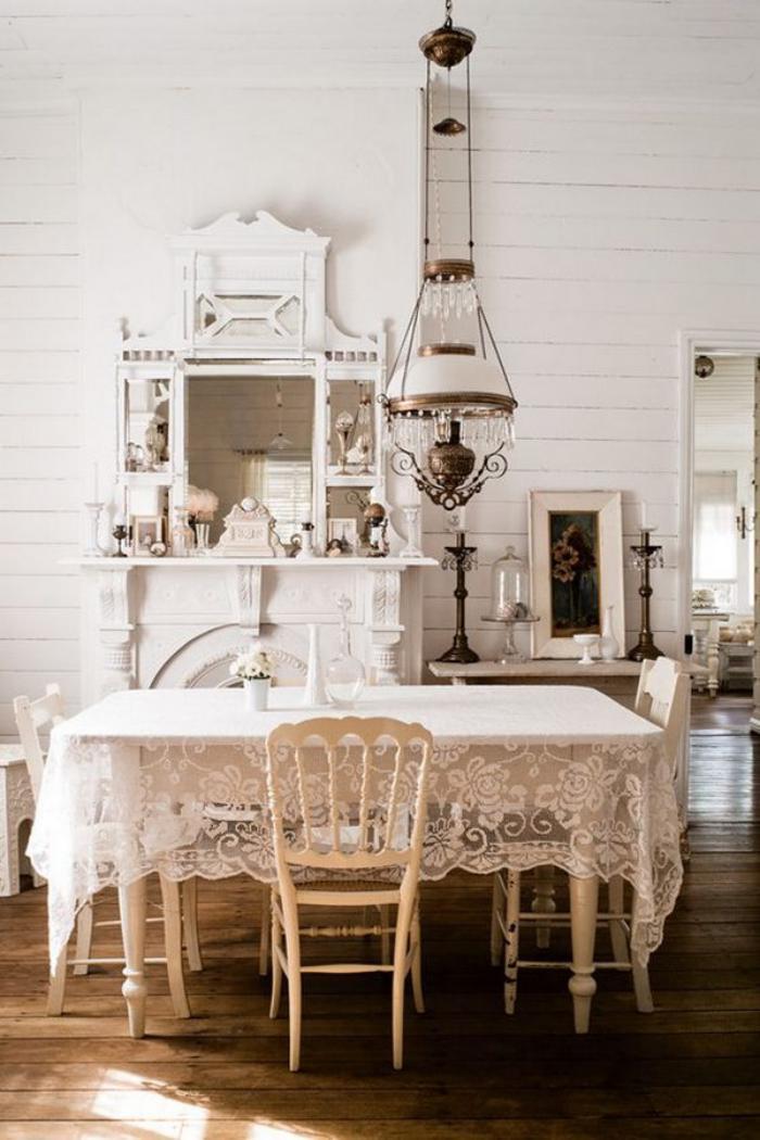 meubles-shabby-chic-miroir-vintage-peinture-blanche-salle-à-manger-shabby-élégante