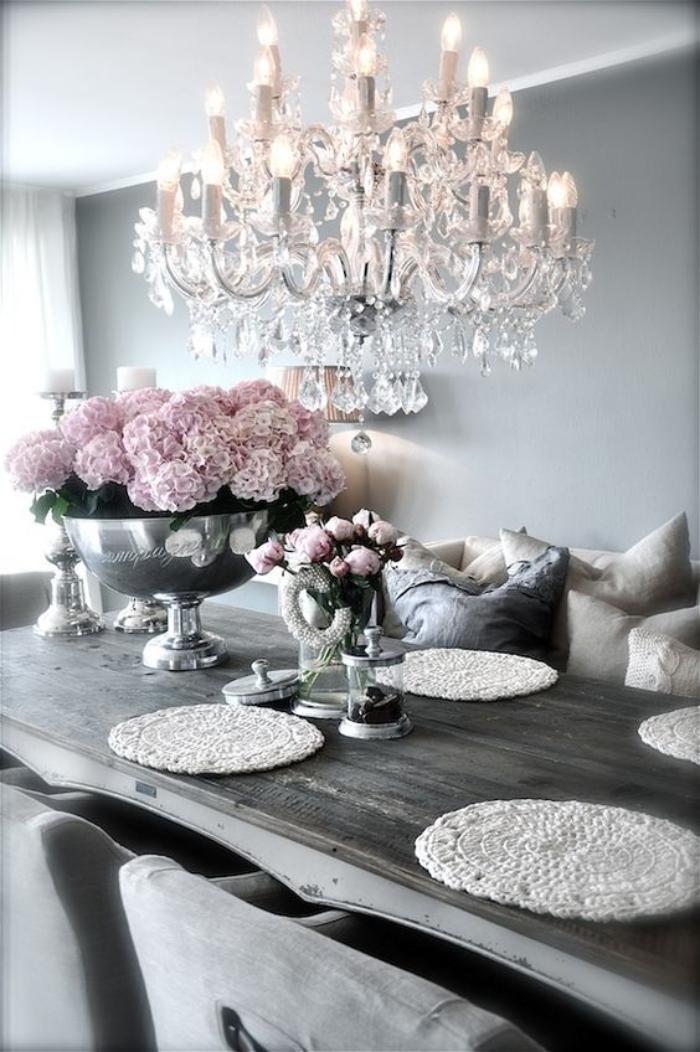meubles-shabby-chic-shabby-chic-meubles-décoration-avec-fleurs