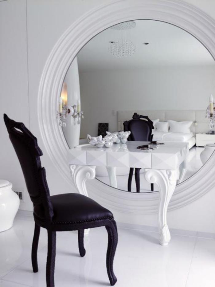 Comment r aliser une belle d co avec un miroir design for Miroir cadre blanc