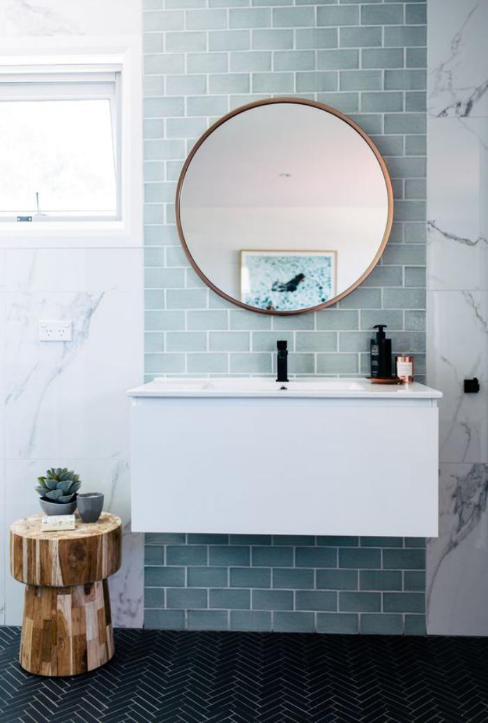 Comment r aliser une belle d co avec un miroir design - Miroir salle de bain rond ...