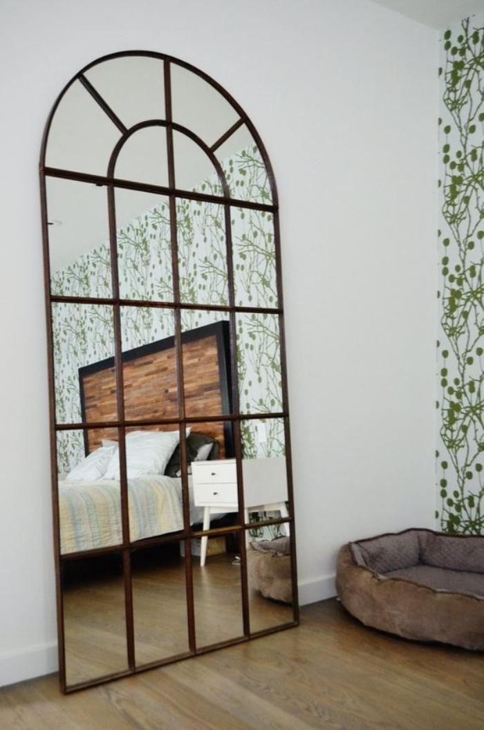miroir-fenêtre-cadre-style-vintage-industriel