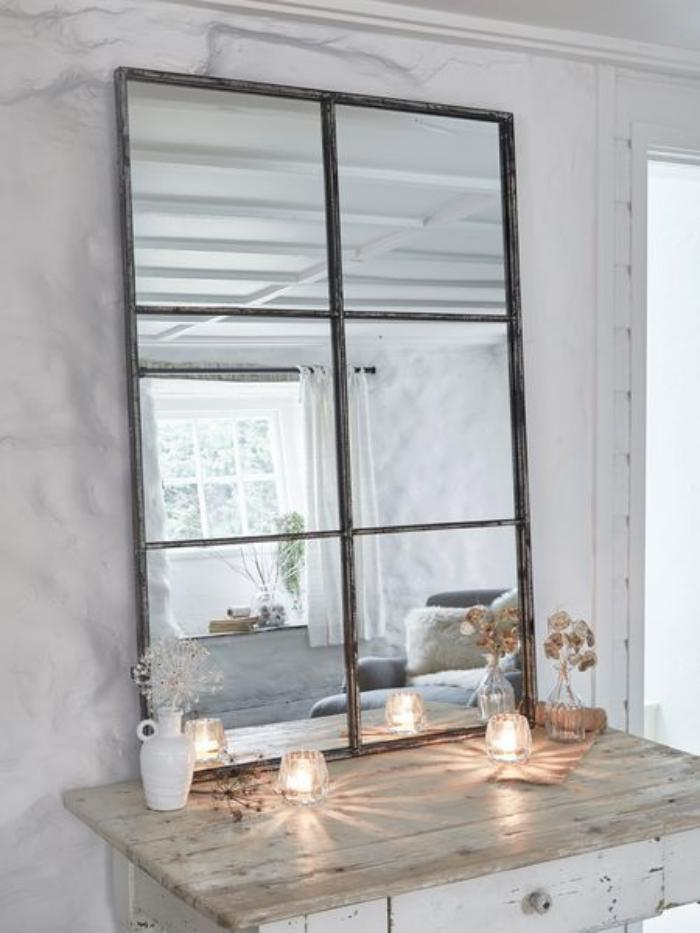 miroir-fenêtre-métal-patiné-déco-avec-bougies