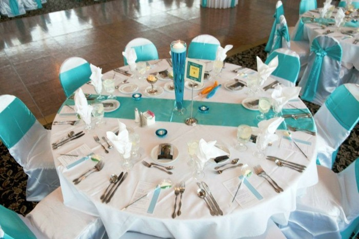 nappe-papier-turquoise-nappe-table
