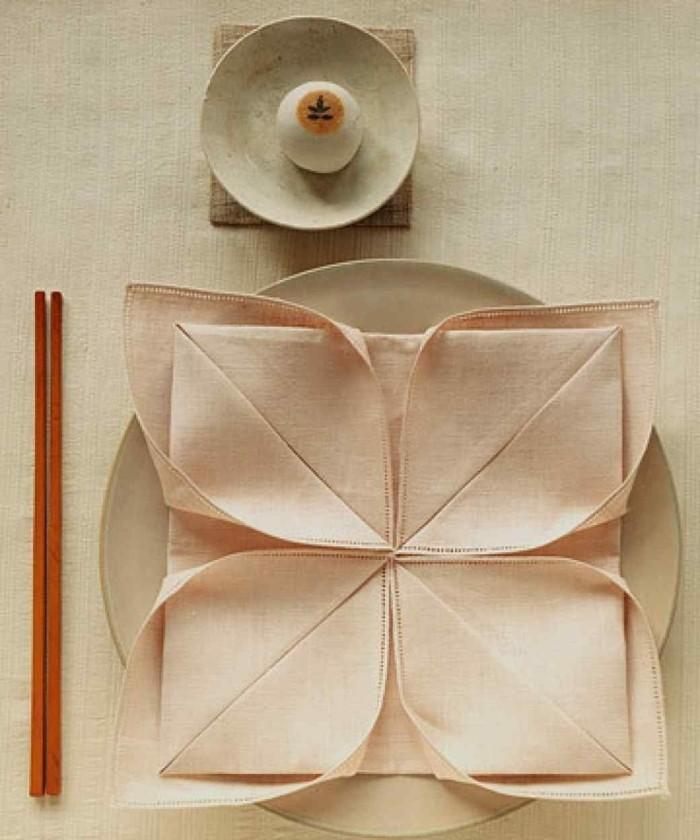 Pliage de serviette pour noel - pliage serviette papier noel