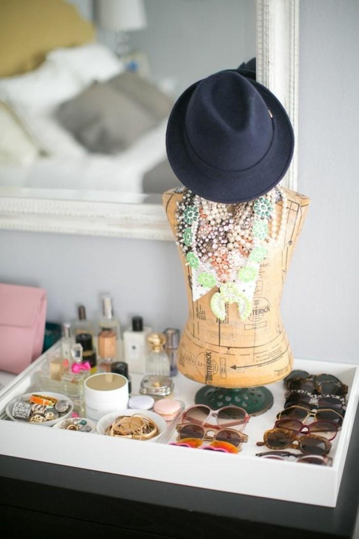 rangement-bijoux-boite-a-maquillage-idee-lunettes-de-soleil-marrons-idee