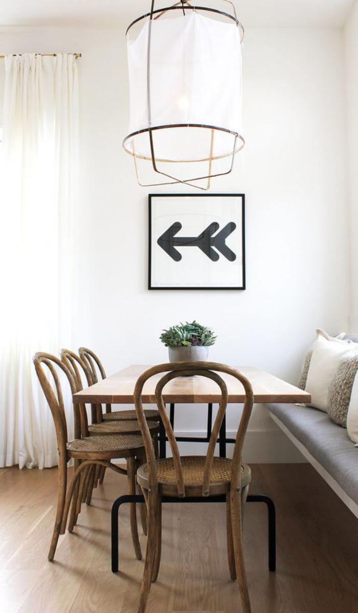 salle-à-manger-scandinave-chaises-bistrot-salle-à-manger