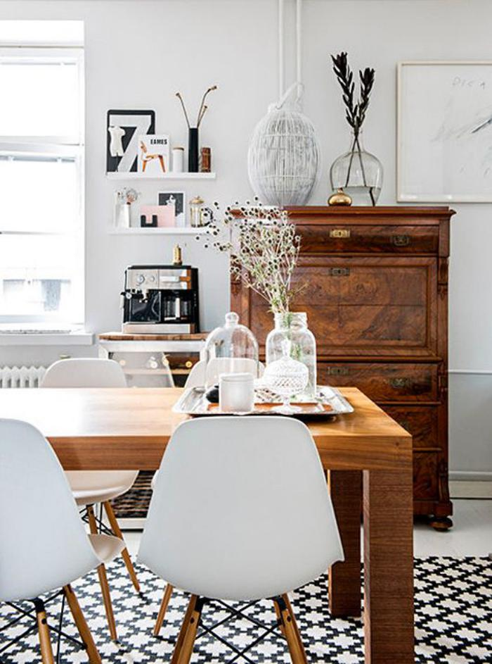 salle-à-manger-scandinave-sol-carreaux-de-ciment-table-bois-scandinave