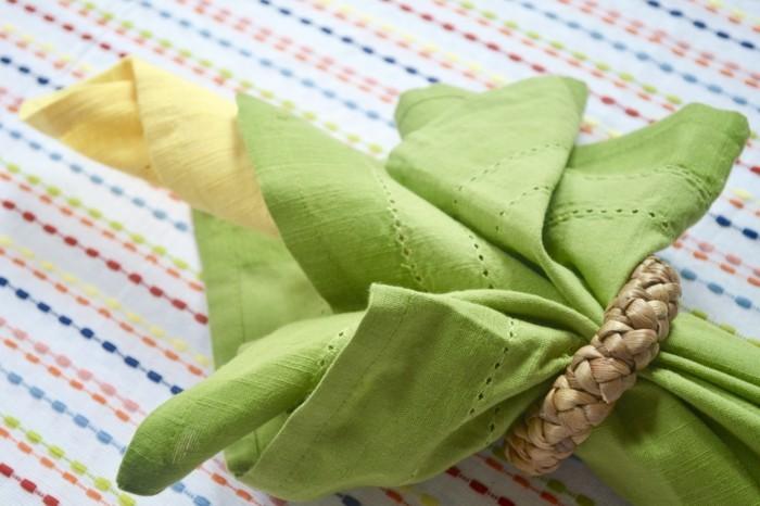 Pliage de serviette pour noel - serviette noel