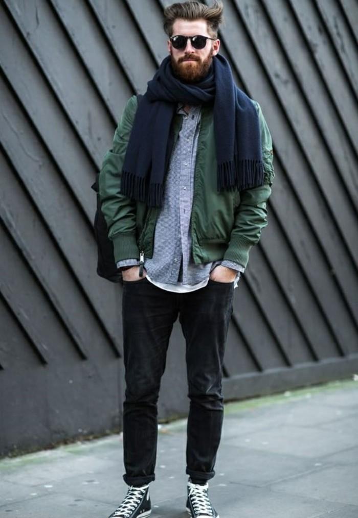 Une écharpe pour homme - quelle est la meilleure option pour vous ... b04bf2d34cb