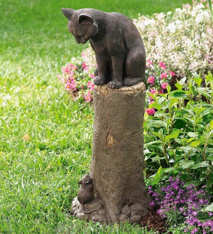 statues-de-jardin-chat-idee-amenagement-de-jardin