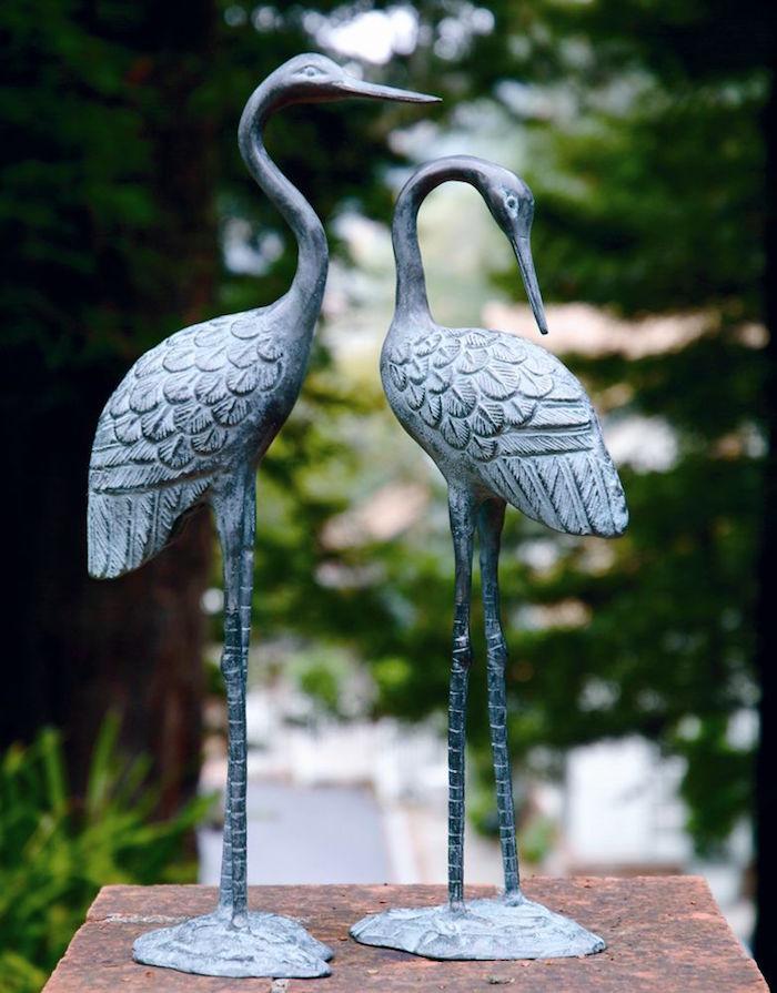 statues-de-jardin-idee-deco-pas-cher-aménager-petit-jardin