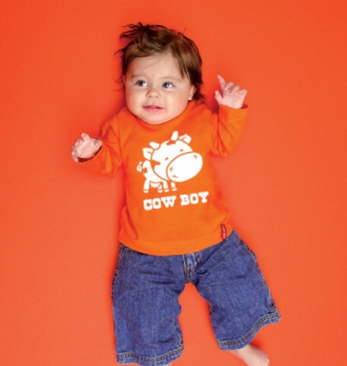 t-shirt-personnalisé-enfant-petit-cowboy-en-orange-resized