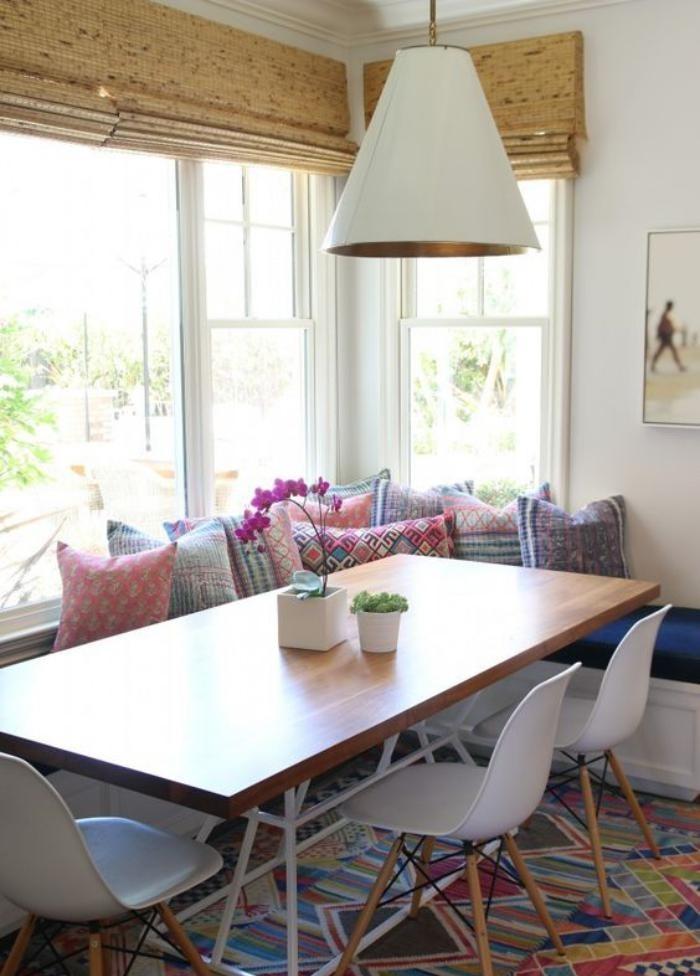 table-avec-banquette-banquette-d'angle-salle-à-manger-scandinave
