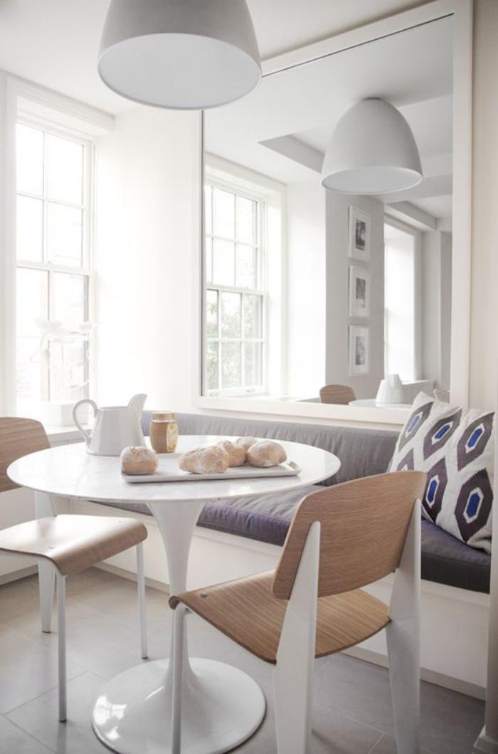 table-avec-banquette-idée-déco-coin-de-repas