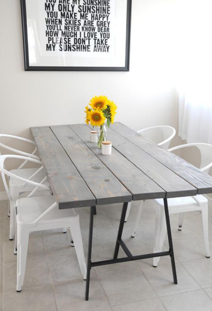 table-de-salle-à-manger-assortir-des-meubles-de-styles-différents