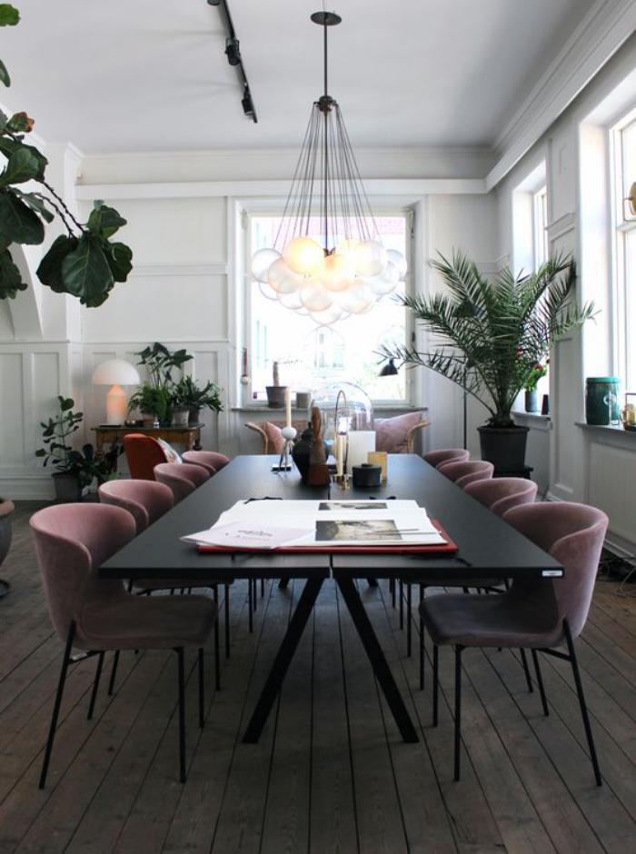 table-de-salle-à-manger-grande-table-de-repas-plusieurs-personnes