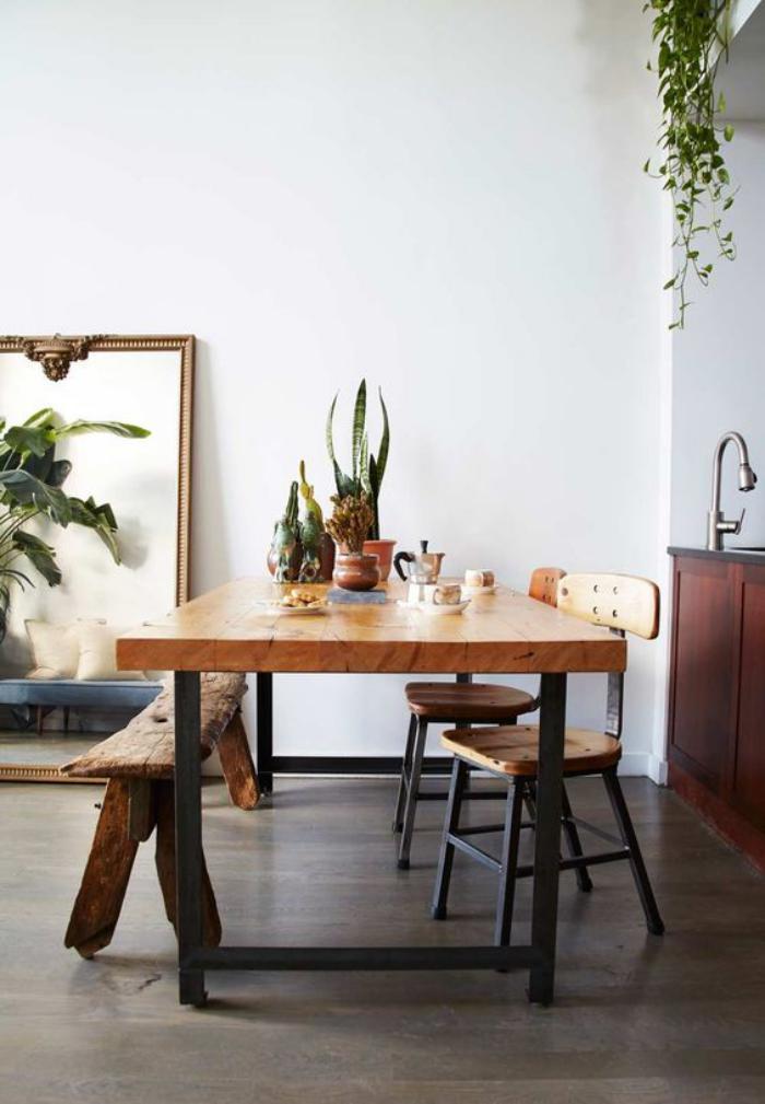 table-de-salle-à-manger-table-bois-et-métal-et-banquette-de-salle-à-manger