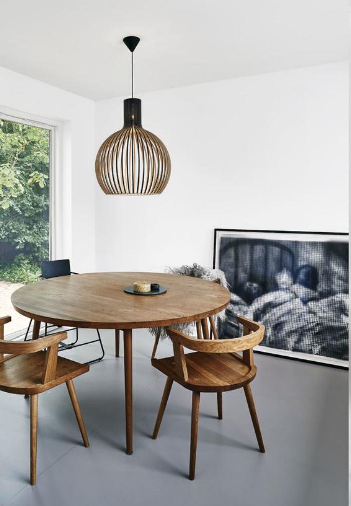 table-de-salle-à-manger-table-et-chaises-mid-century
