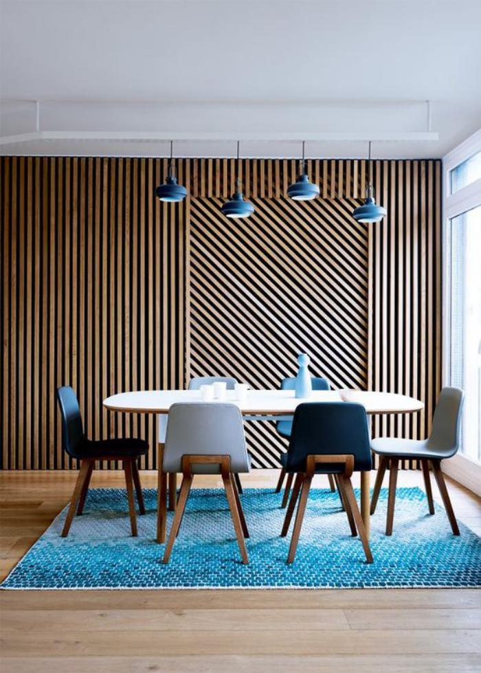 table-de-salle-à-manger-table-ovale-et-chaises-mid-century