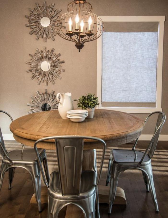 table-de-salle-à-manger-table-ronde-salle-à-manger-chaises-industrielles
