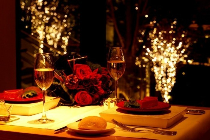 table-romantique-decoration-table-st-valentin