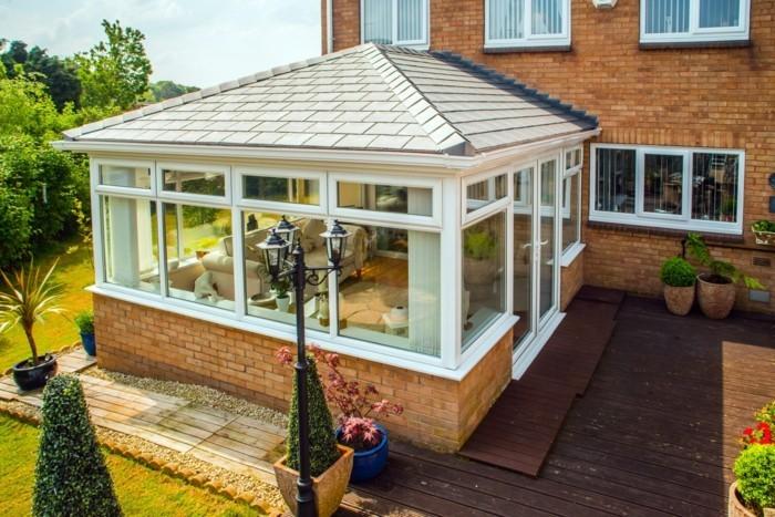 La v randa moderne 80 id es chic et tendance - Maison avec veranda integree ...