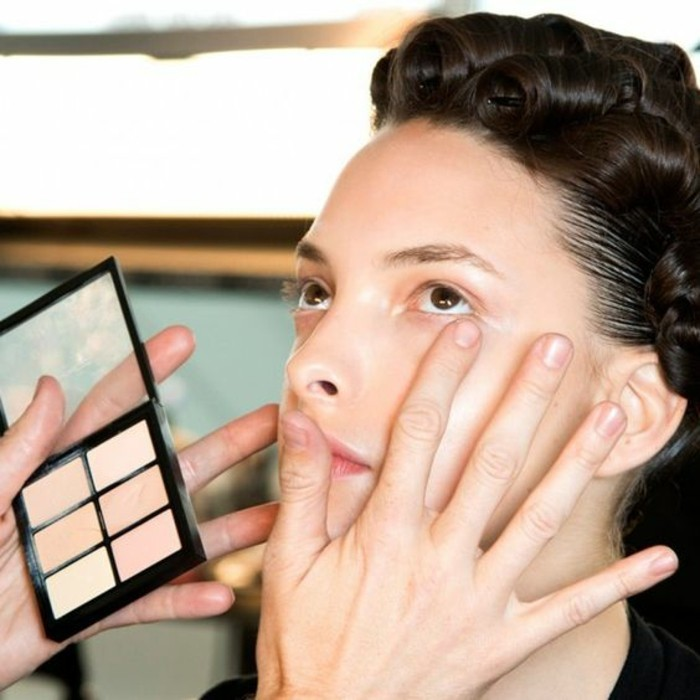 Comment appliquer du maquillage contouring: 16 tapes