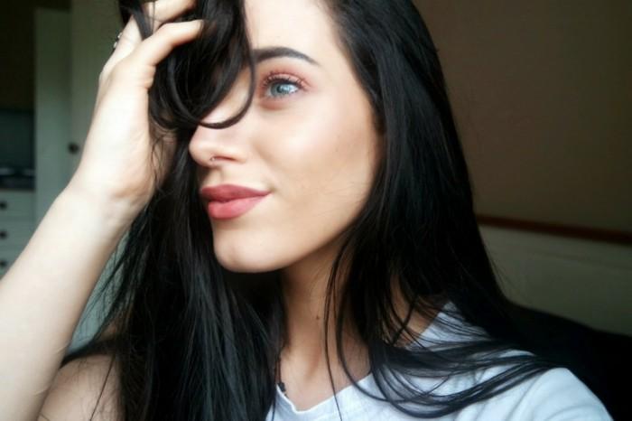 voir-la-meilleure-coloration-claire-sur-cheveux-foncés