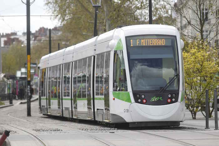 voyager-à-nantes-tramways