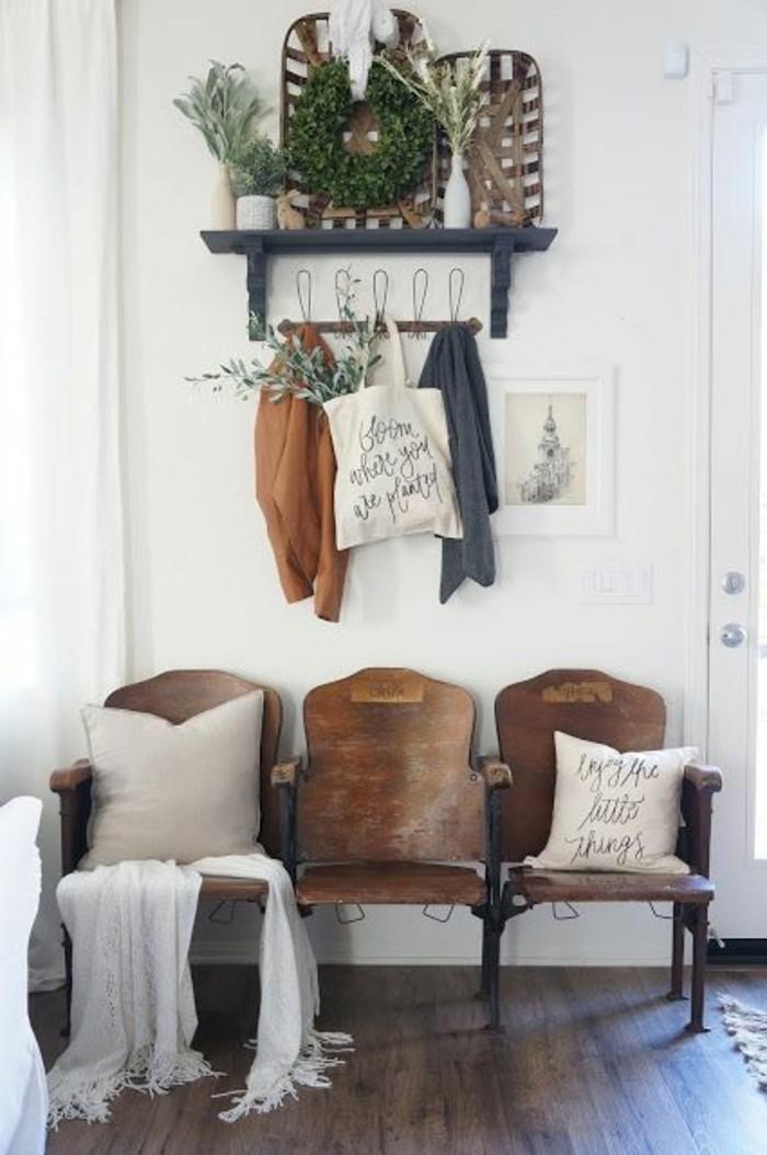 meuble-entree-meuble-gain-de-place-sol-en-parquet-marron-fonce ...