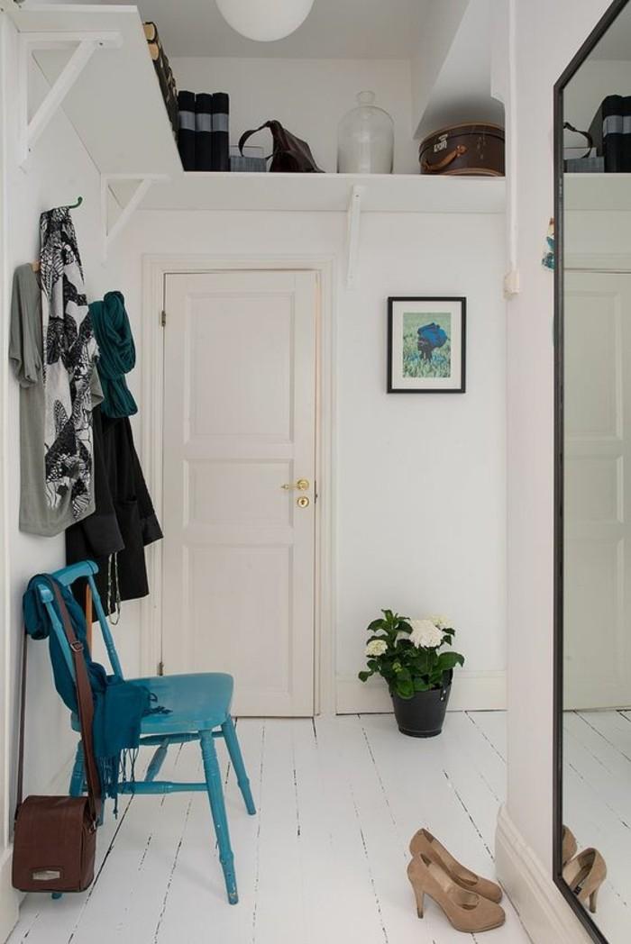 Comment sauver d 39 espace avec les meubles gain de place for Idee d entree originale