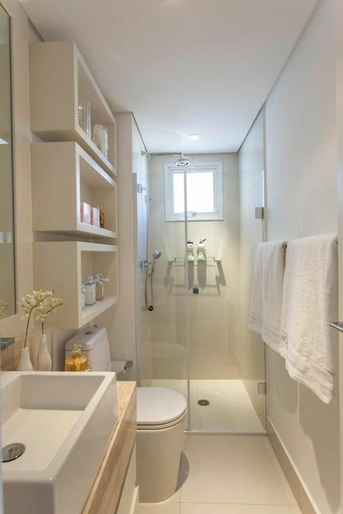 0-salle-d-eau-6m2-carrelage-beige-mur-beige-clair-salle-d-eau-4m2-petite-fenetre-dans-la-salle-de-bain