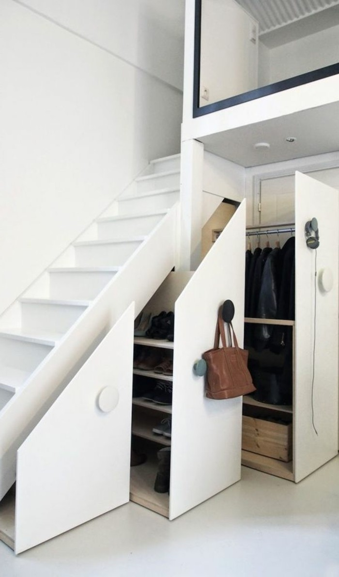 Comment sauver d 39 espace avec les meubles gain de place Meubles sous escalier