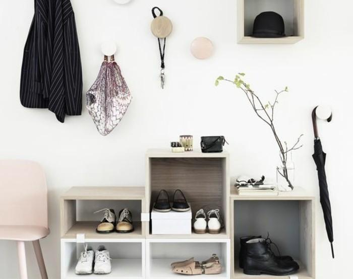 Comment sauver d 39 espace avec les meubles gain de place - Penderie gain de place ...