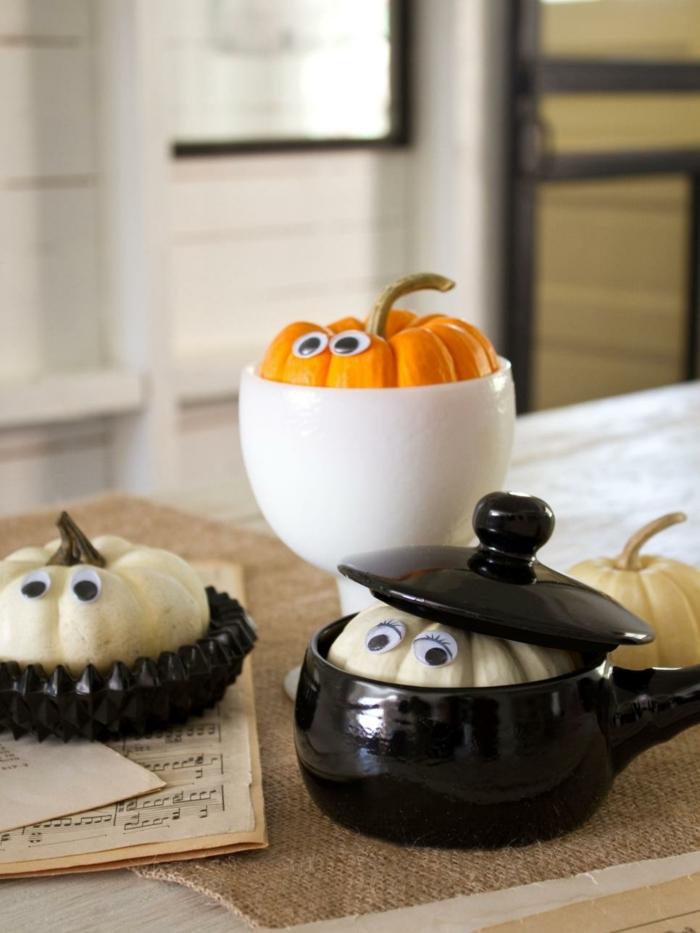 bricolage-halloween-facile-citrouilles-caches-qui-jetten-un-coup-d-oeil