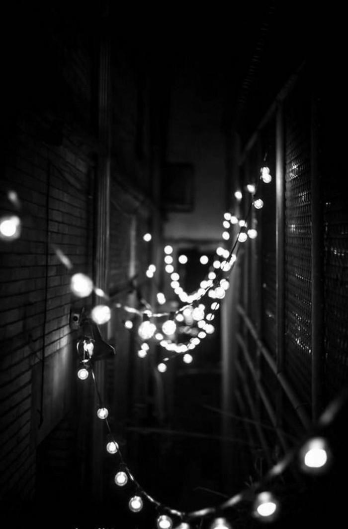 121-Luminaires couloir. Teint noir.