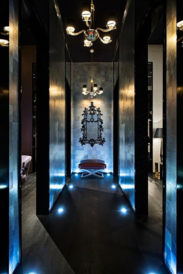 156-grand-miroir-chambre-eclairage-bleuatre