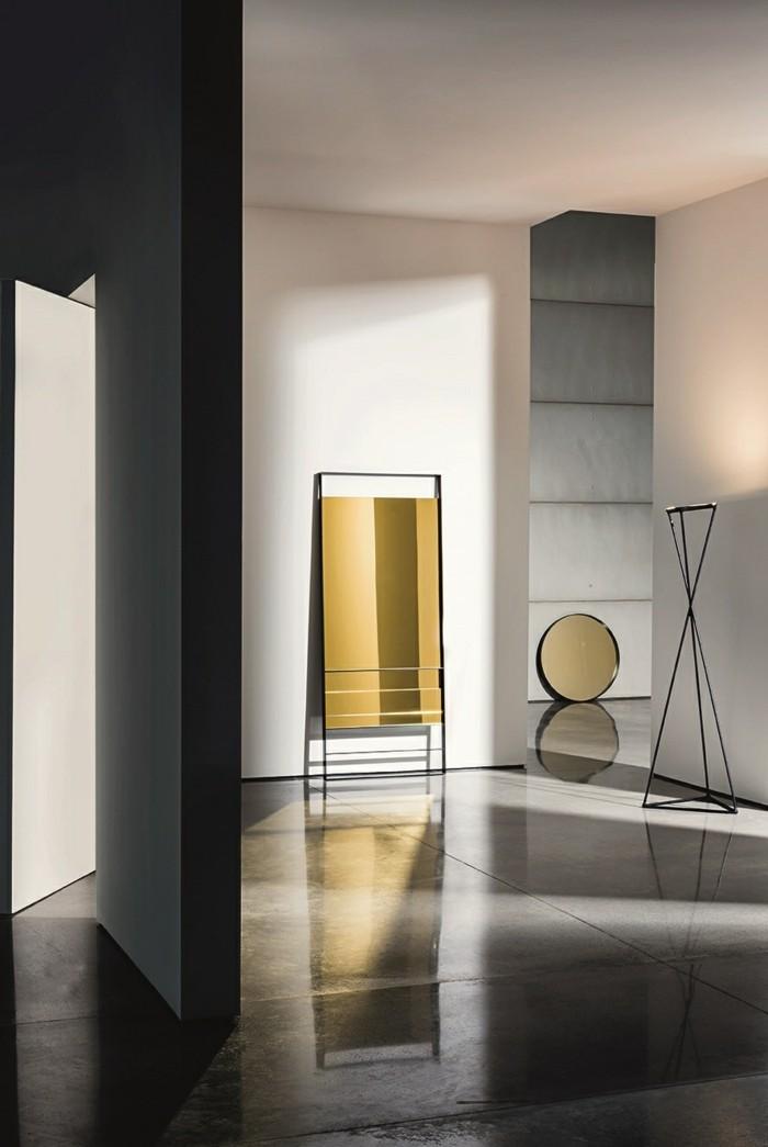 164-grand-miroir-chambre-un-plancher-gris