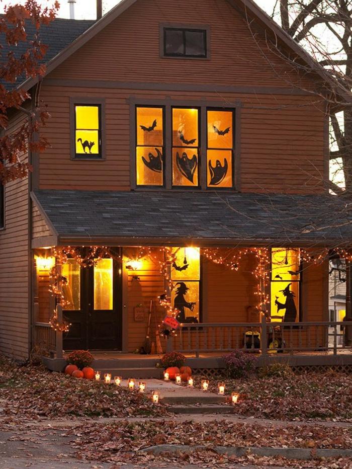 activite-halloween-a-faire-avec-son-enfant-decouper-des-silhouettes-terrifiants-a-partir-d-un-carton-noir
