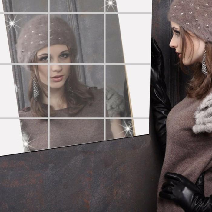 187-miroir-salon-une-figure-de-femme