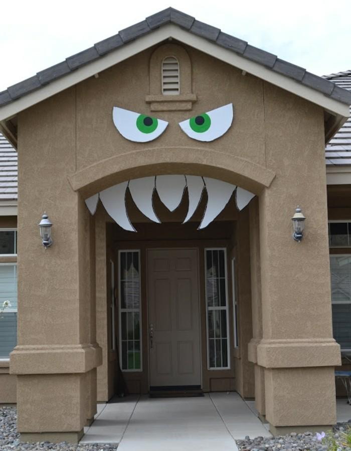 maison transforméeen monstre effrayant, idée fantastique pour votre ...