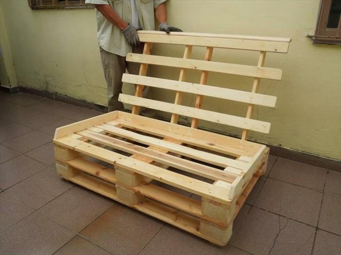 Comment fabriquer un canap en palette tuto et 60 super - Fabriquer un canape en bois ...
