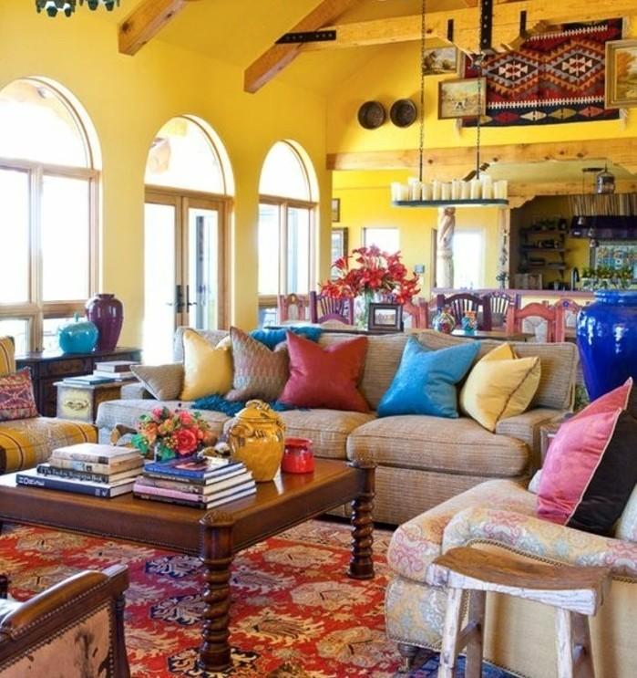 couleur-peinture-salon-jaune-éléments-decoratifs-multicolores-qui-creent-une-veritable-explosion-de-couleurs