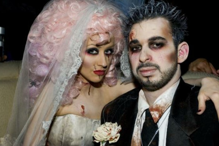 halloween-hollywood-evening-zombie-costume-of-christina-aguilera-and-her-ex-couple-zombies-maries