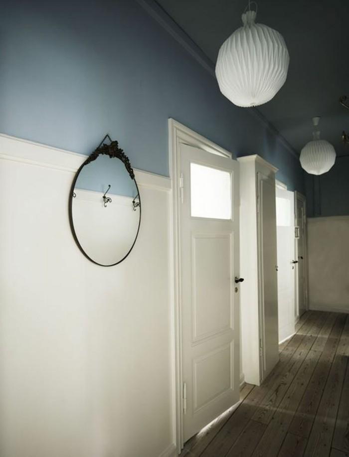 39-miroir-couloir-parquet-deux-lampes